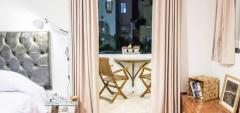 Hotel de Autor - Balcony Bedroom