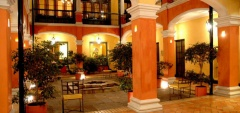 Hotel de la Opera - Courtyard