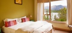 Peninsula Petit - Standard Bedroom